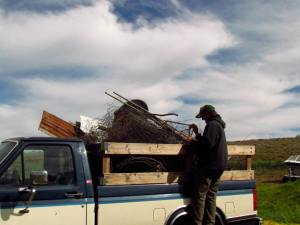 Cleaning up the farm! Oh, the last load of metal recycling!